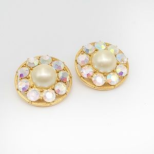 Large Carolee crystal pearl gold tone earrings 80s
